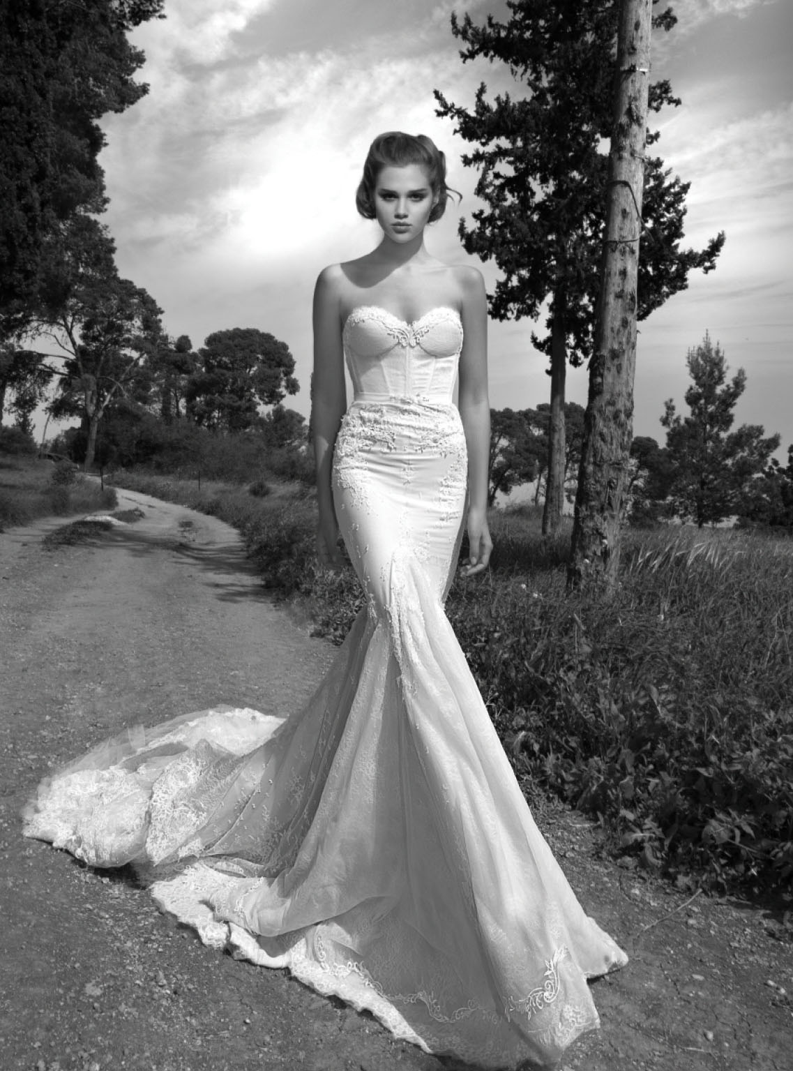 Inbal dror paris 2013 collection aisle perfect for Israeli wedding dress designer inbal dror