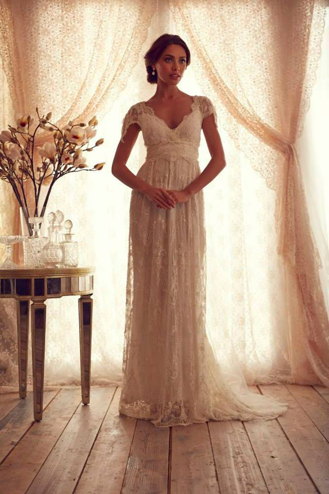 Wedding dresses anna campbell gossamer collection aisle for Anna campbell vintage wedding dress