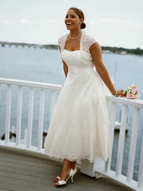 Five Plus Size Wedding Dresses for 500 Dollars or Less - Perfete