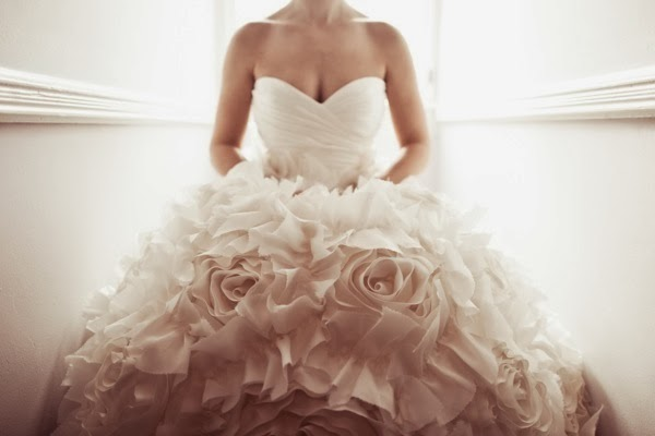 Sell Wedding Dresses - Ocodea.com
