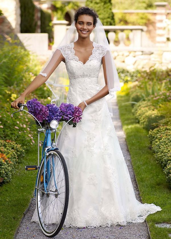 Lace Wedding Dresses Under 500 Dollars : Wedding dresses under vol aisle perfect