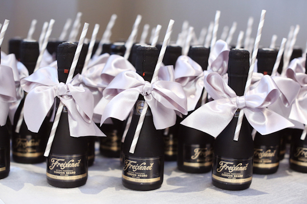10 Pretty Perfect Bridal Shower Favors
