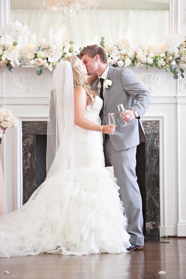 Patrick Henry Ballroom Wedding by Michael Kaal 36