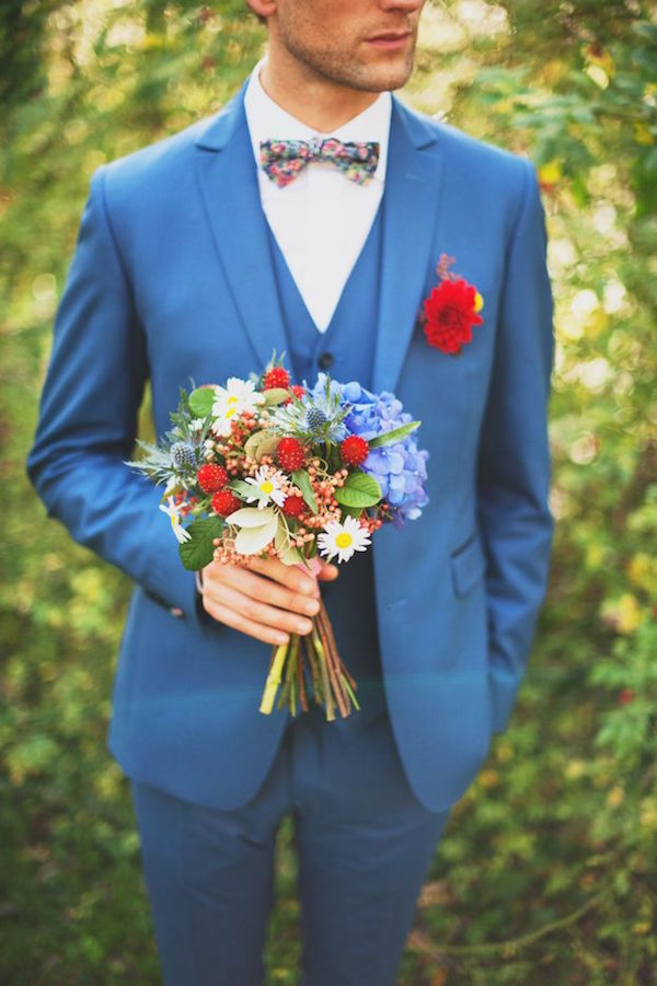 2015 wedding trends- Groom in Blue Tuxedo | Image by Marion H Photography