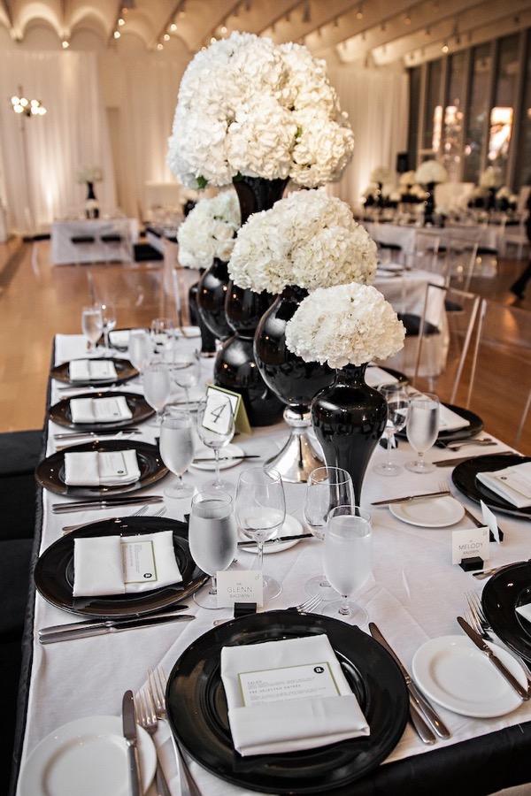 Modern Black and White Museum Wedding 103