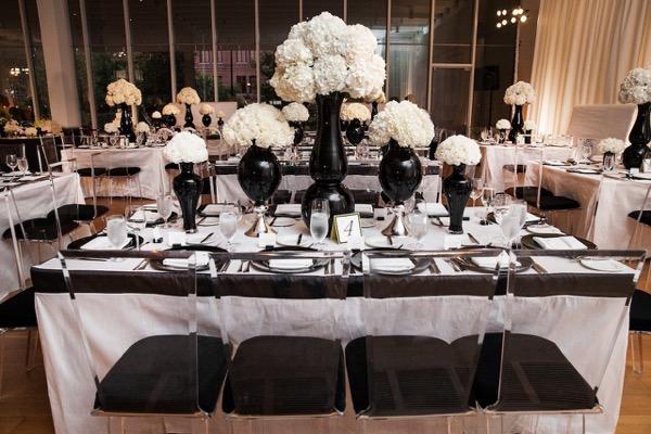 Modern Black and White Museum Wedding 105