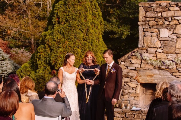 Plum and Gold Wedding by  Jen Yuson Photography 13