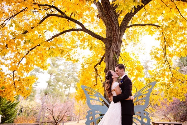 Plum and Gold Wedding by  Jen Yuson Photography 20