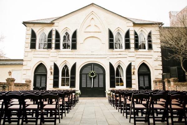Historic Courtyard Wedding in Downtown Charleston 4