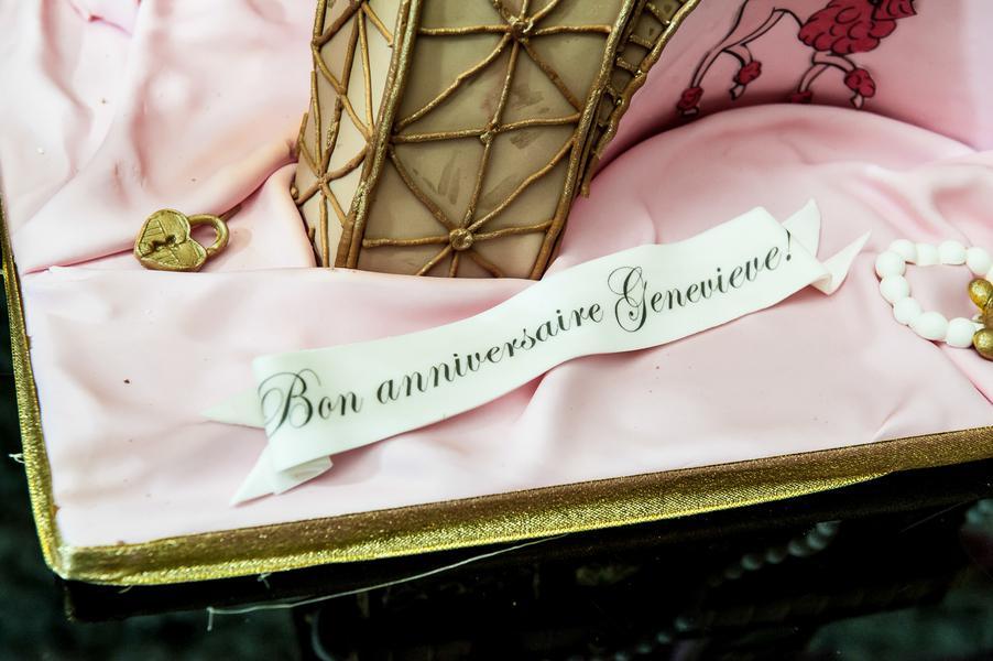 Minnie-Mouse-takes-Paris-Birthday-Party-by-Kesha-Lambert-33.JPG