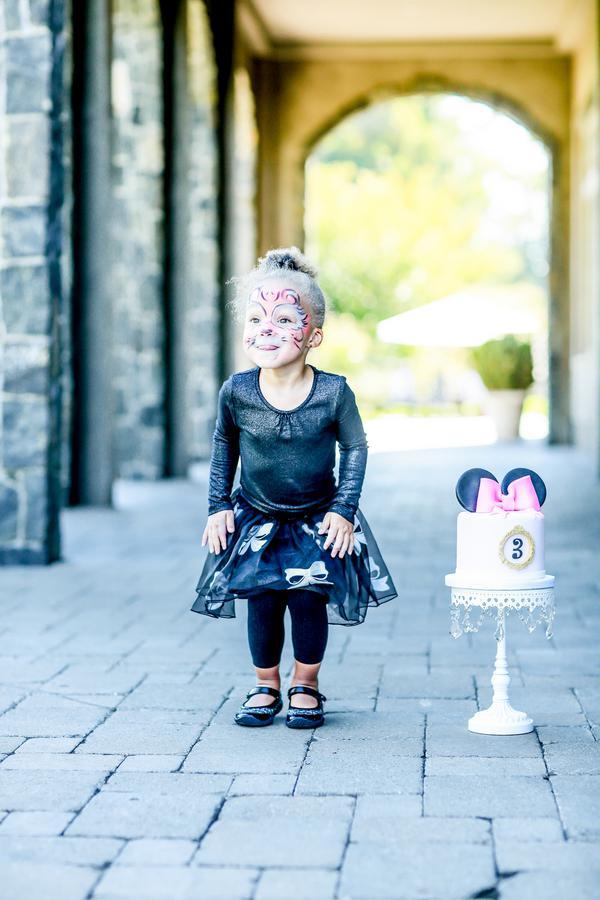 Minnie-Mouse-takes-Paris-Birthday-Party-by-Kesha-Lambert-70.JPG