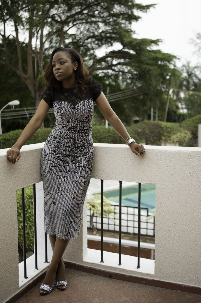 Glam Wedding Guest Outfit - Style By Queens