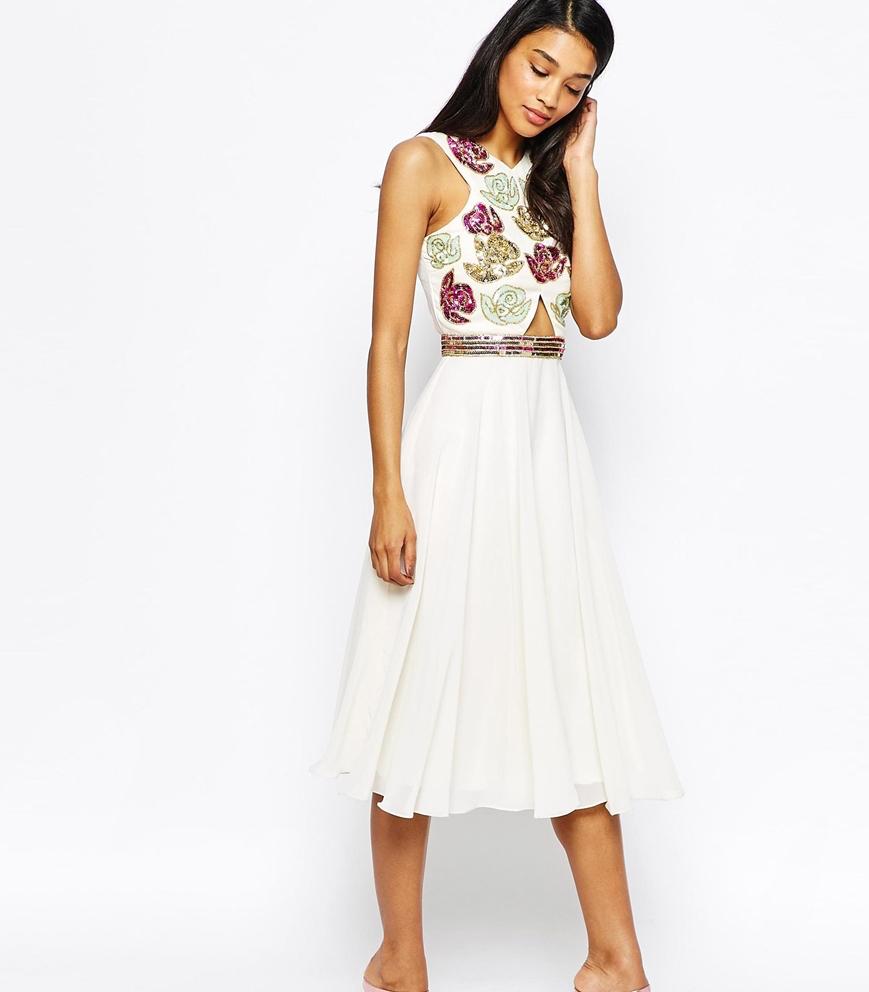 Little White Dress for the Wedding 4