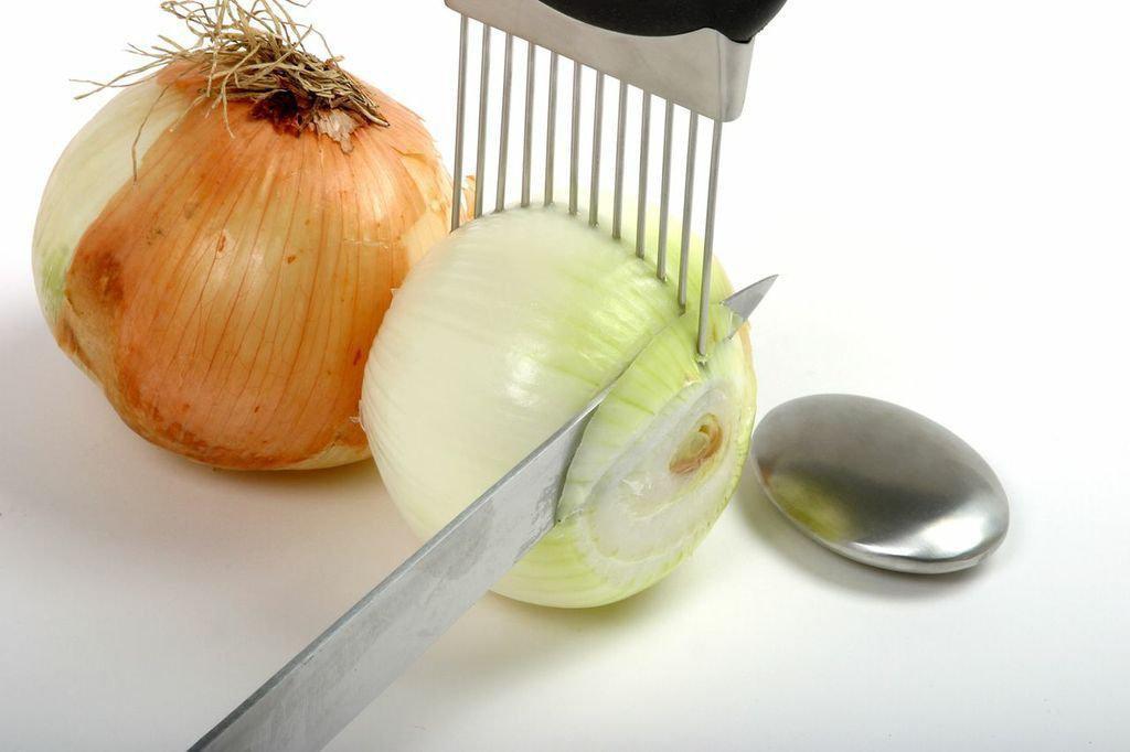 Norpro Onion Holder/Odor Remover, $20.64 at Amazon.