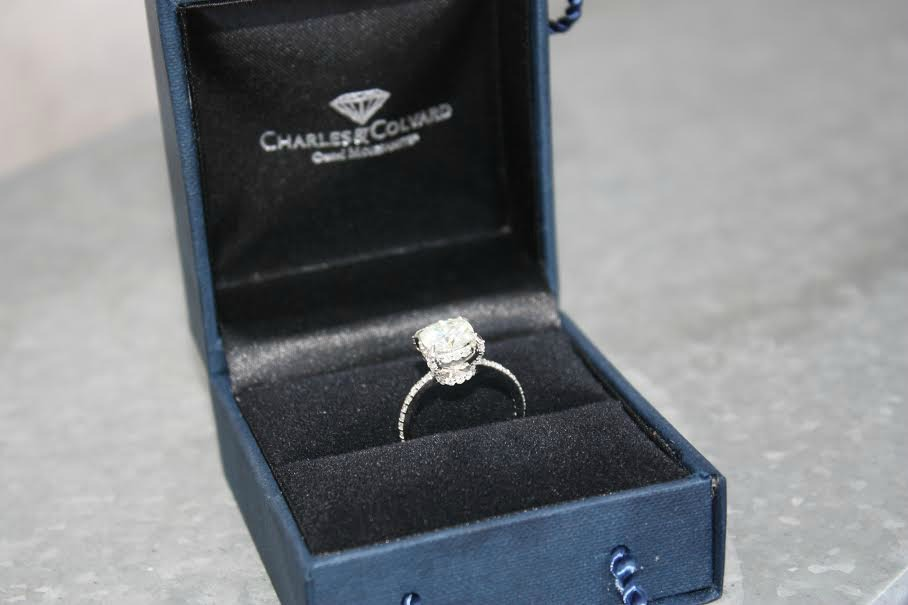 Win an authentic 3 carat Moissanite Engagement ring by Love Moissy