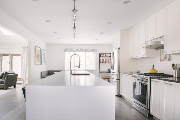 Clean White Kitchen Renovation Captured by Allie Siarto Photography (11)