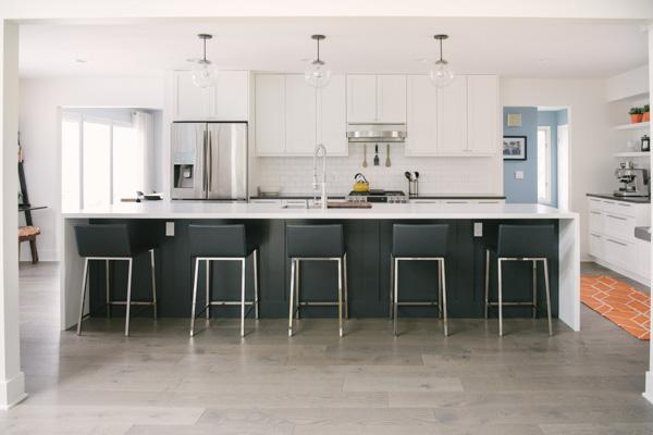 Clean White Kitchen Renovation Captured by Allie Siarto Photography (8)