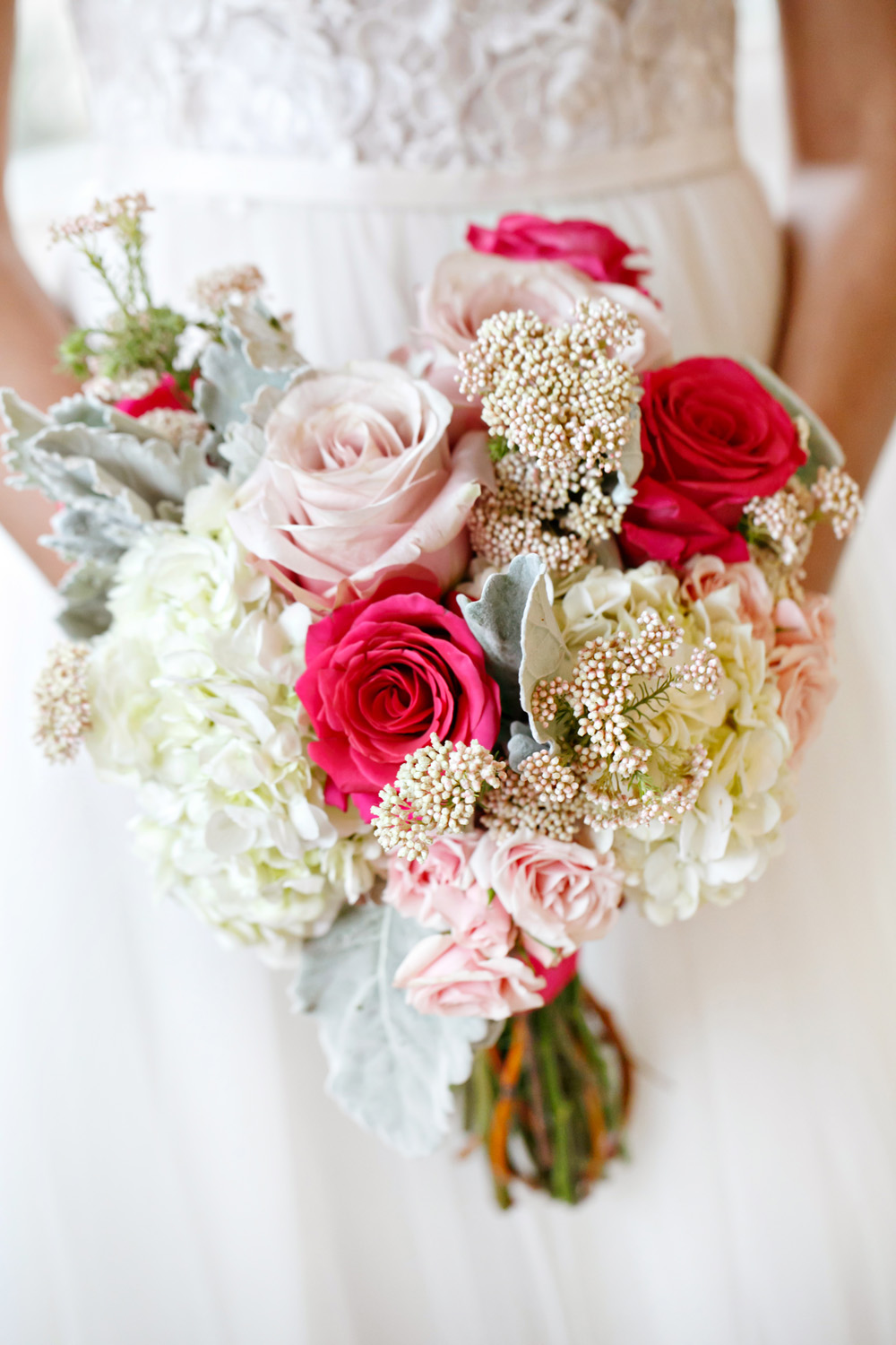 Spring Elopement Inspiration by Amy Anaiz Photography  (19)