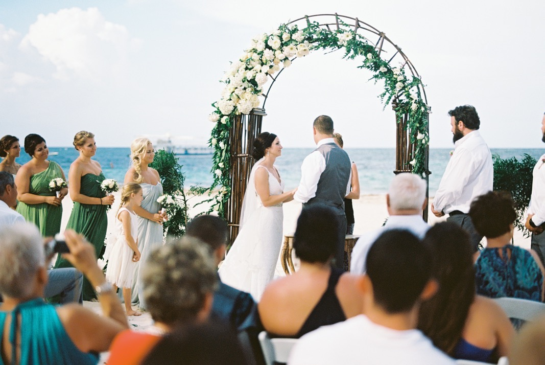 Aisle Perfect wedding in Huracan Cafe by Asia Pimentel Photography14