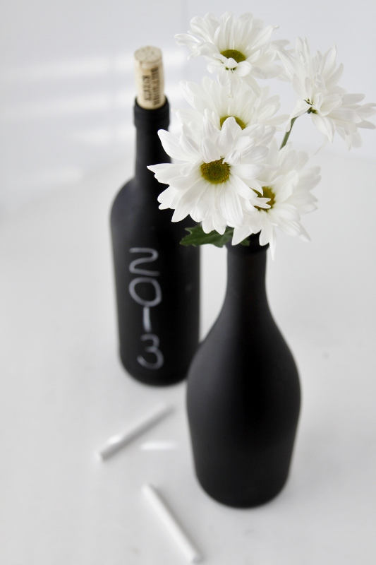DIY chalk wine bottle