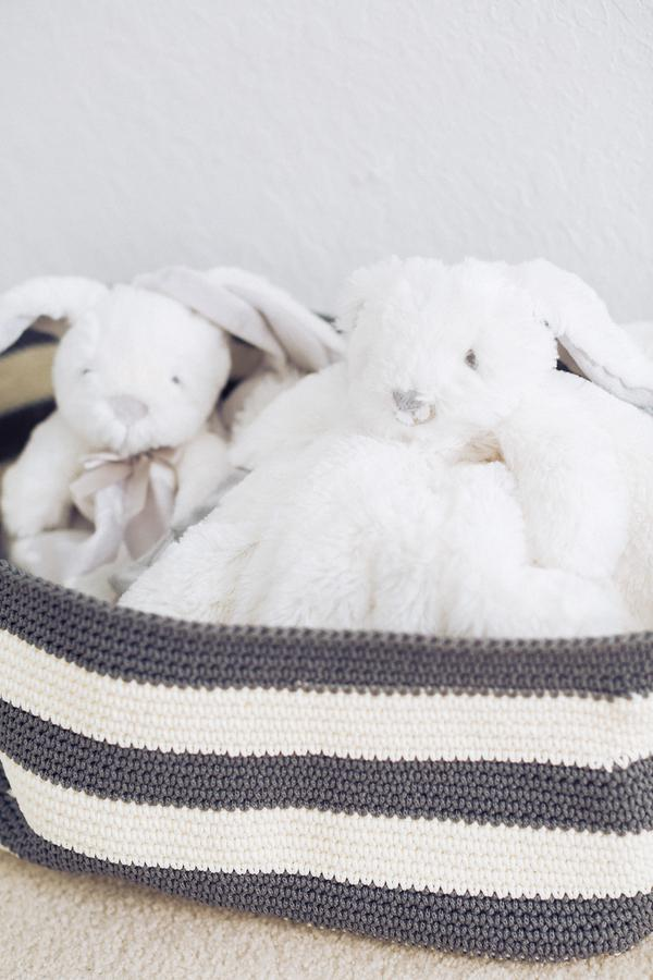 __Hunter_Ryan_Photo_greywhitevintagemodernbunnynursery7315_low