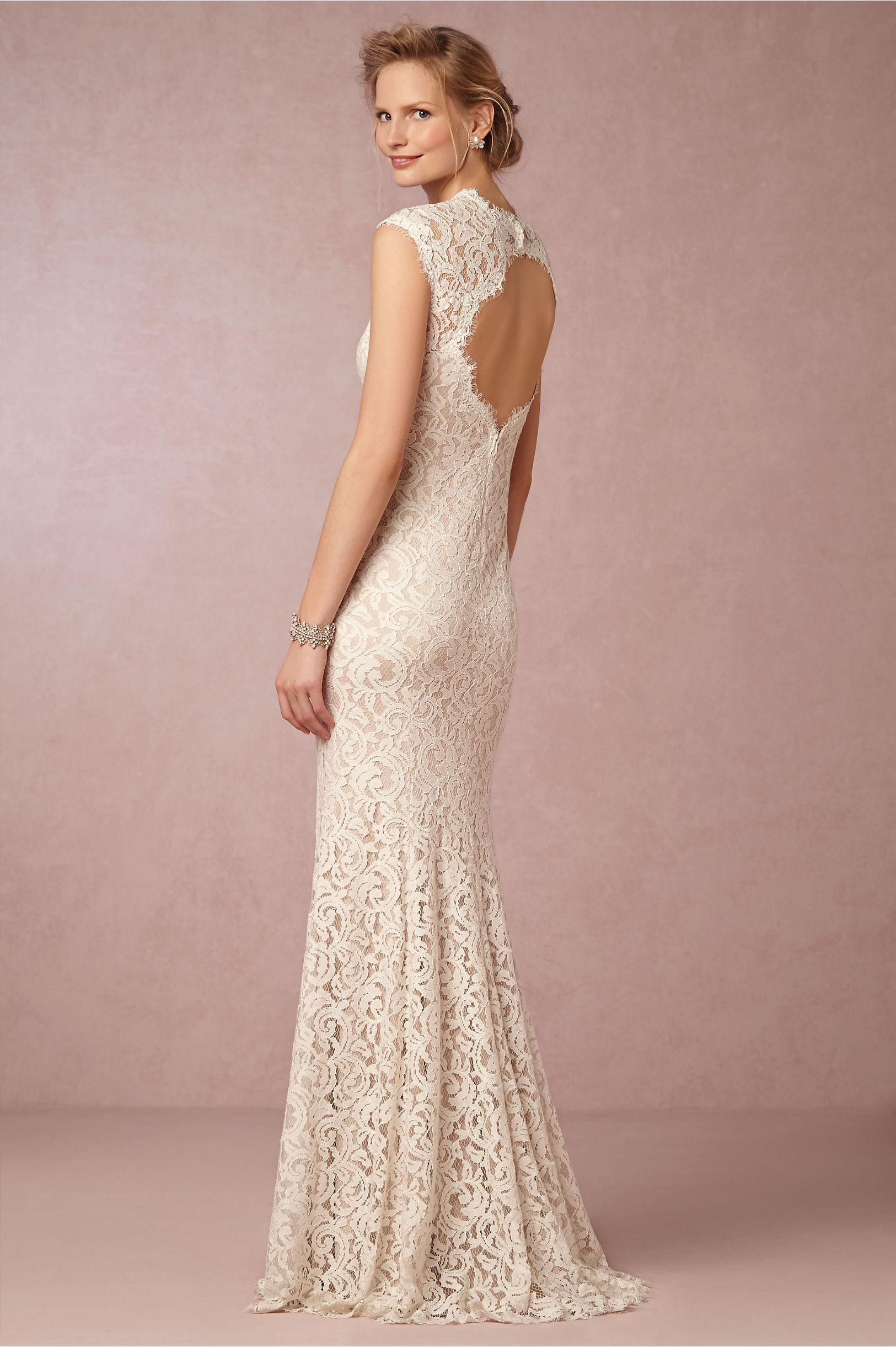 a67e92ae51e 10 Wedding Dresses under  1000 - Aisle Perfect