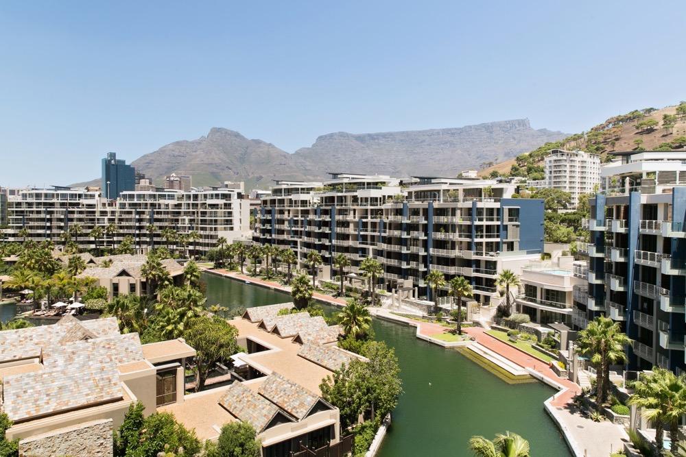 Luxury Wedding at Val de Vie in Capetown 5