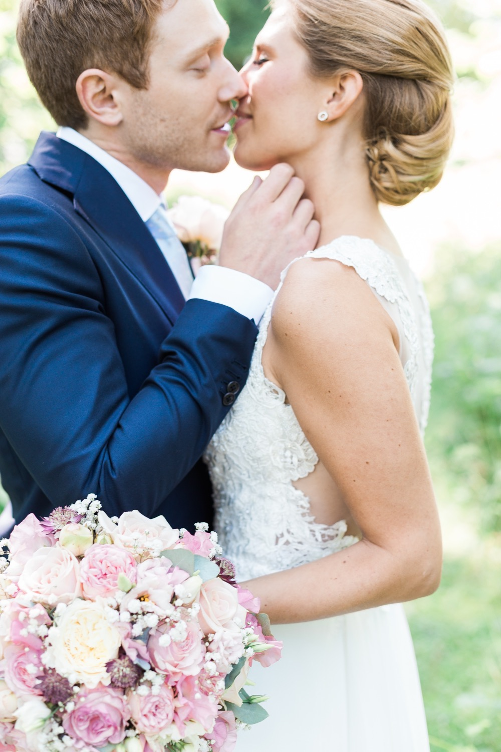 elegant swedish wedding by emelie petre43