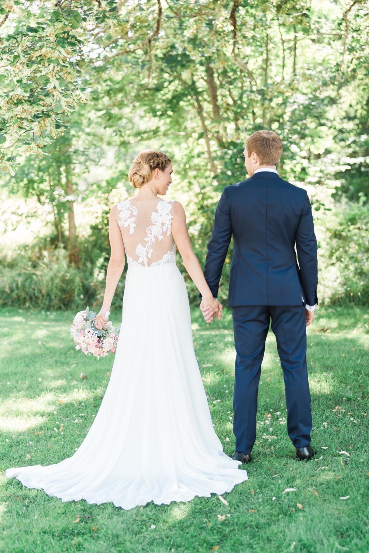 elegant swedish wedding by emelie petre50