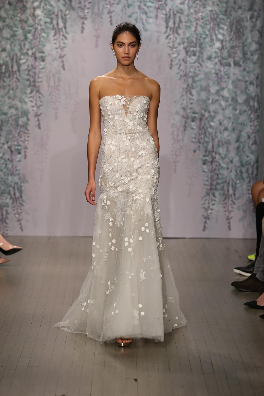 Monique Lhuillier Fall 2016 Bridal - Look 10