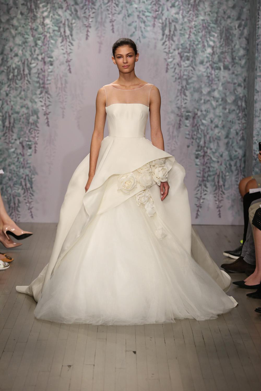 Monique Lhuillier Fall 2016 Bridal - Look 9