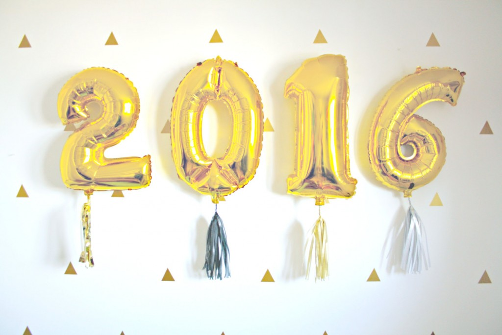 2016 gold foil balloons new years eve wedding