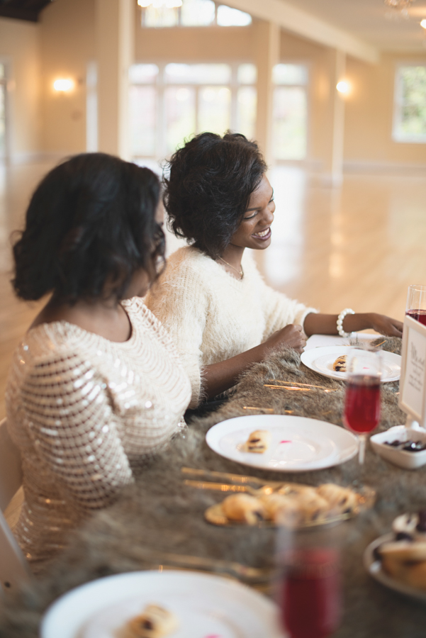 Holiday Bridal Brunch_Bridesmaids_Maria Grace Photography_1 (15)
