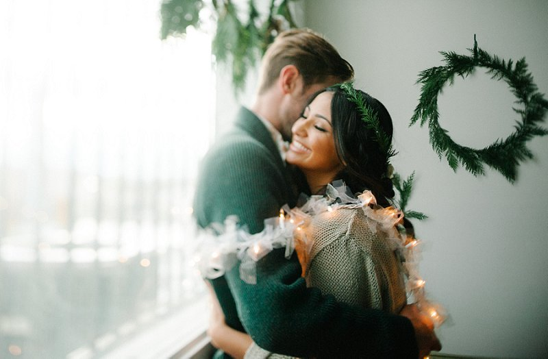 Holiday themed engagement session ideas
