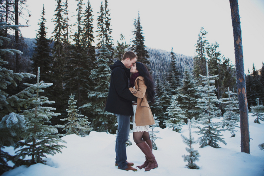 Snowy Engagement Session by White Album Weddings-16