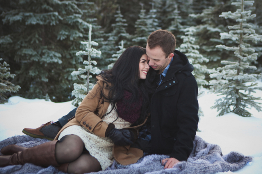 Snowy Engagement Session by White Album Weddings-27