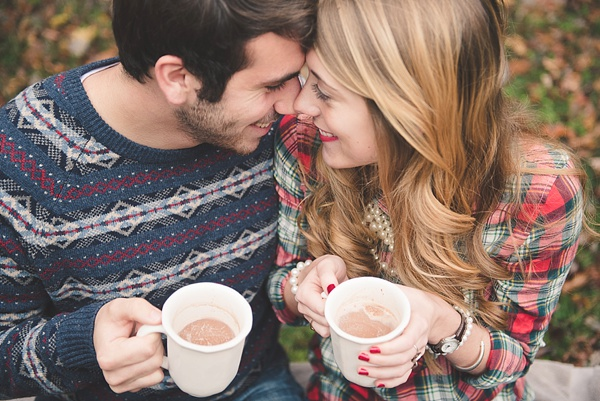 christmas-winter-engagement ideas via Tidewater and Tulle