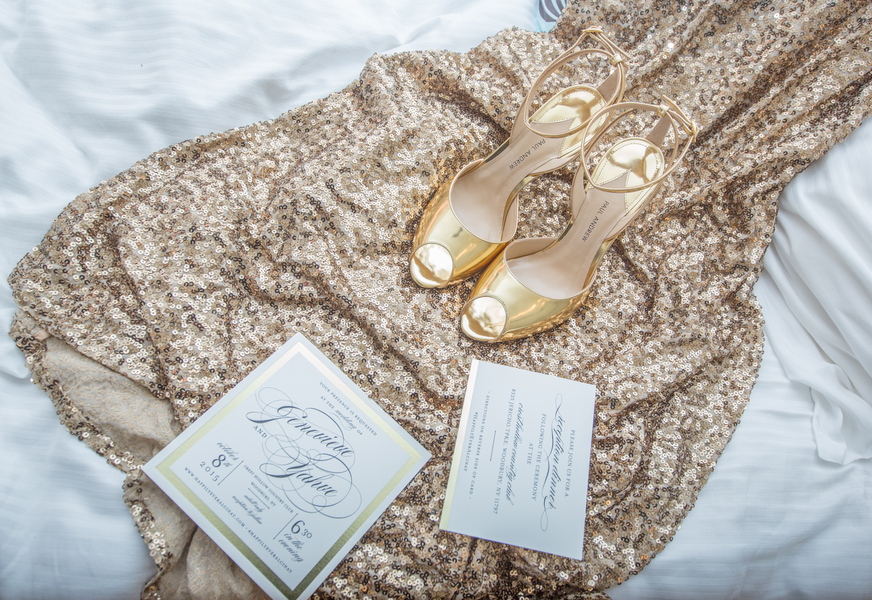 Sparkly gold wedding at crest hollow country club 24