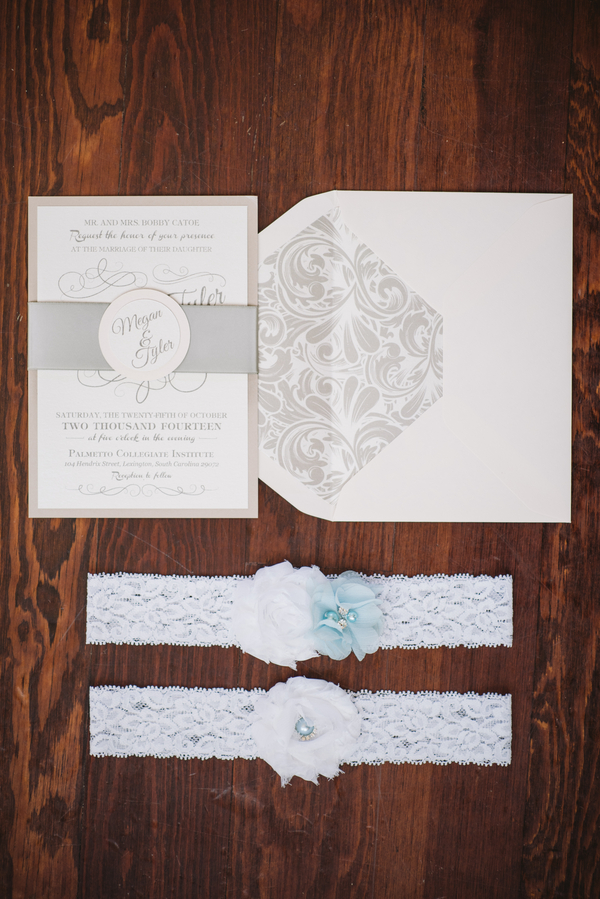 invitation suite photo with garter
