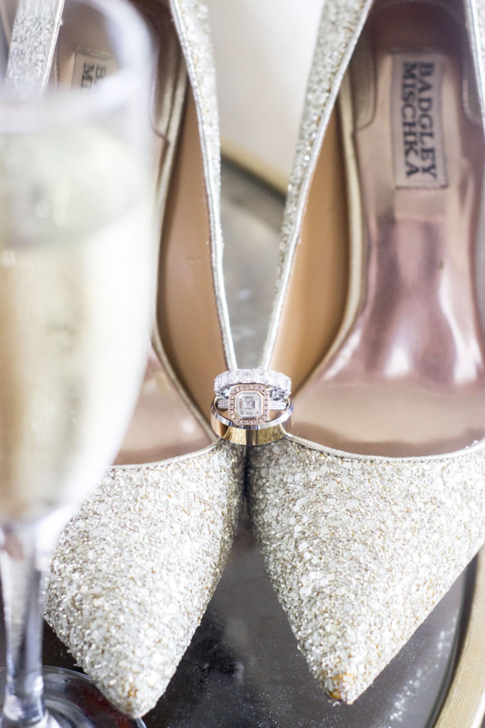 sparkly wedding shoes by badgley mischka