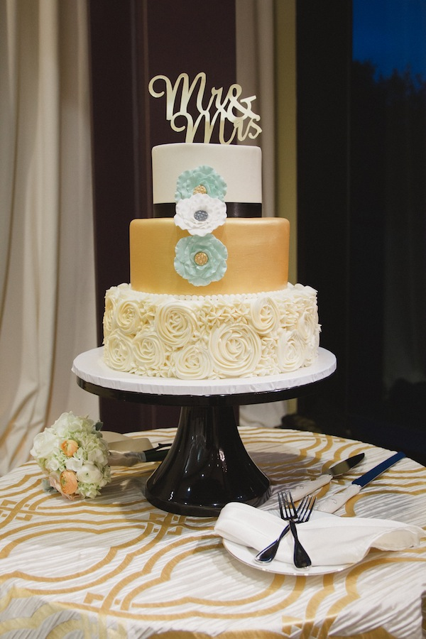 mint and rose gold wedding-27