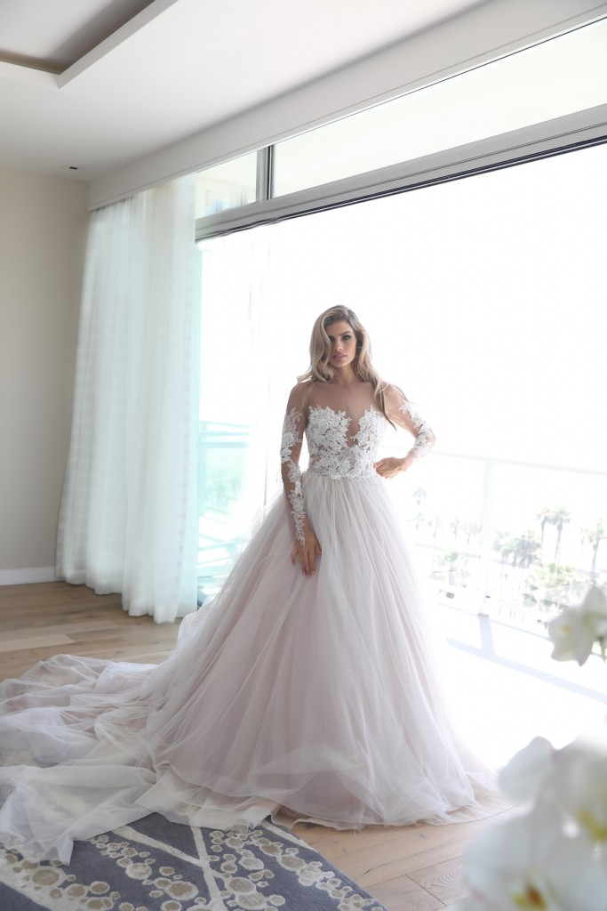 erin-cole-wedding-dresses_-ava-gown-2