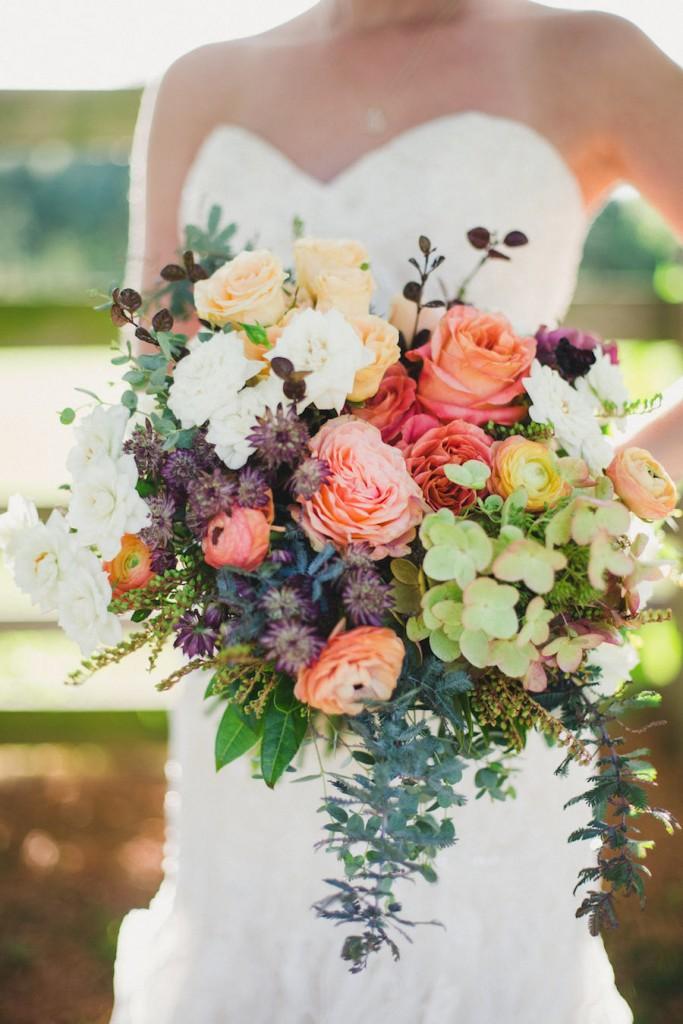 fall-wedding-bouquet_-juniper-design_annaleemedia