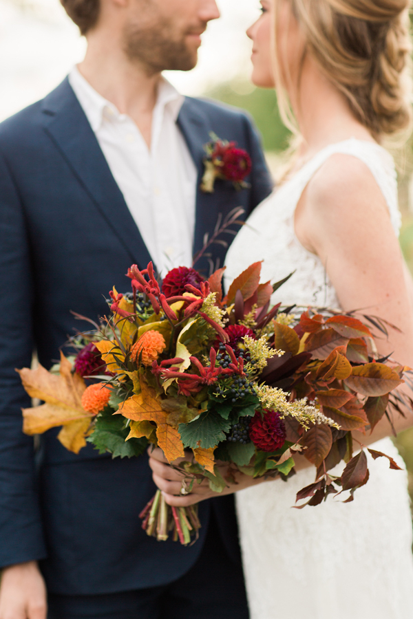 fall-wedding-bouquet-by-stems-and-sprigs_-image-by-stephanie-baker