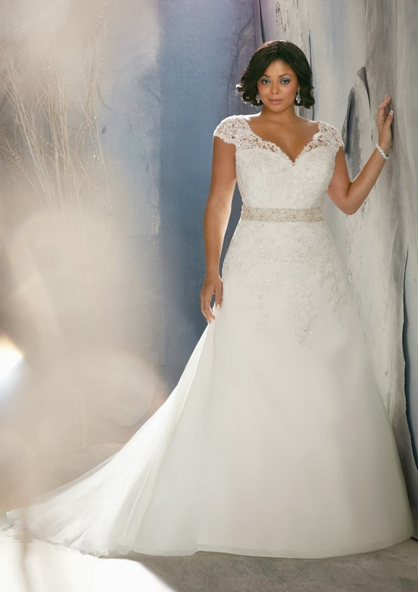 Plus size wedding dresses from julietta by mori lee for Best wedding dress styles for plus size brides