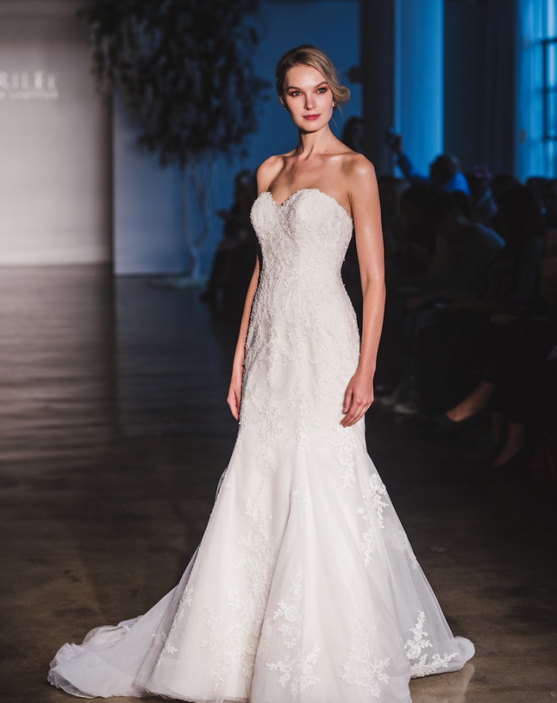 mori-lee-dreams-come-true-2017-collection-chi-chi-agbim-two-twenty-photography-for-aisle-perfect-13