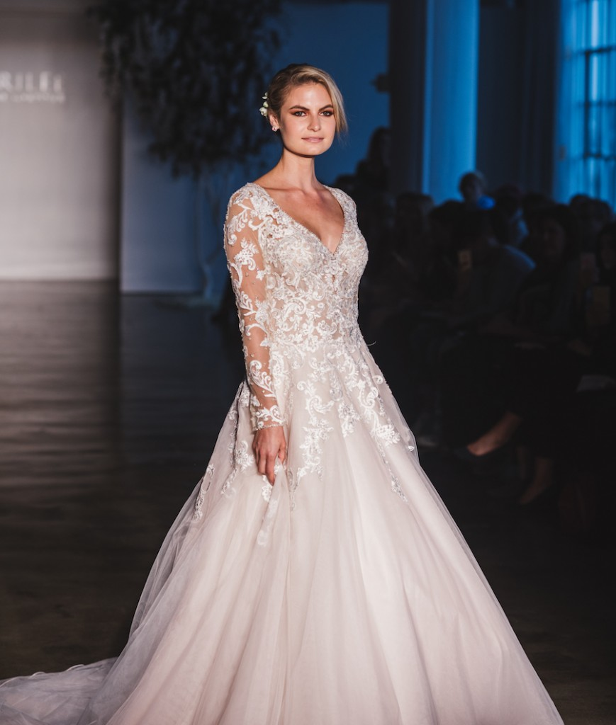 mori-lee-dreams-come-true-2017-collection-chi-chi-agbim-two-twenty-photography-for-aisle-perfect-14