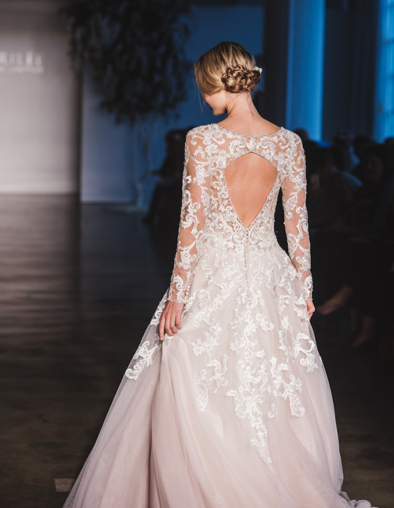 mori-lee-dreams-come-true-2017-collection-chi-chi-agbim-two-twenty-photography-for-aisle-perfect-15