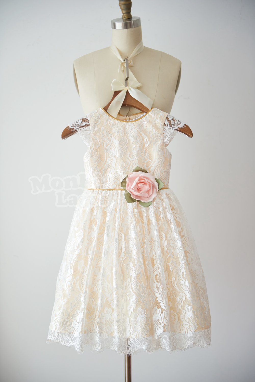 d73d30a9c0e 15 Pretty Perfect Flower Girl Dresses by MonbebeLagos - Perfete