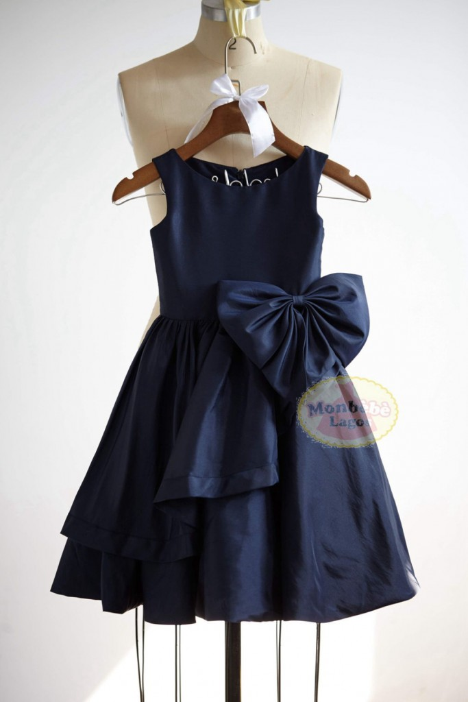 navy-blue-flower-girl-dress-by-monbebelagos